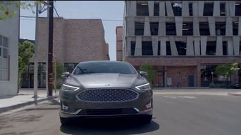 2020 Ford Fusion TV Spot, 'Drive Into the New Year: Fusion' [T2] - Thumbnail 3
