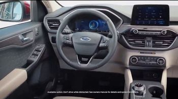 2020 Ford Escape TV Spot, 'Drive Into the New Year: Escape' [T2] - Thumbnail 4