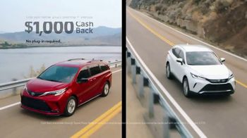 Toyota TV Spot, 'New Year's: A Whole New Look' [T2] - Thumbnail 4