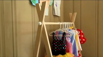 Checking in With Chelsea TV Spot, 'Wooden Clothes Rack'