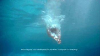 Corona Hard Seltzer Tropical Lime TV Spot, 'Beach Vibes' Song by Pete Rodriguez - Thumbnail 5