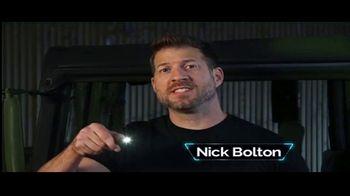 Tac Pen TV Spot, 'Ilumina la noche' con Nick Bolton [Spanish]