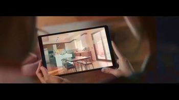 RE/MAX TV Spot, 'Frozen' - Thumbnail 2