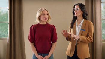 La-Z-Boy Super Weekend Sale TV Spot, 'Magic: 30% Off' Featuring Kristen Bell - Thumbnail 2