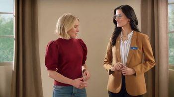 La-Z-Boy Super Weekend Sale TV Spot, 'Magic: 30% Off' Featuring Kristen Bell - Thumbnail 4