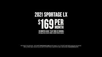 2021 Kia Sportage TV Spot, 'Mountain' [T2] - Thumbnail 9