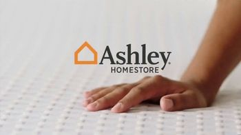 Ashley HomeStore Mattress Marathon TV Spot, 'King por el precio de un Twin' [Spanish] - Thumbnail 1