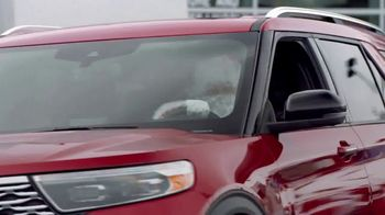 Ford Built for the Holidays Sales Event TV Spot, 'Running of the Santas' [T1] - Thumbnail 9