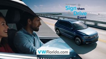 Volkswagen Sign Then Drive Event TV Spot, 'Better Year-End Clearance: Holiday' [T2] - Thumbnail 4
