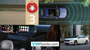 Volkswagen Sign Then Drive Event TV Spot, 'Better Year-End Clearance: Holiday' [T2] - Thumbnail 5