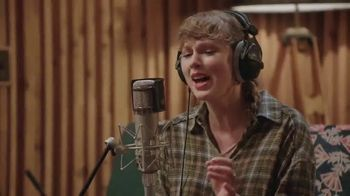 Disney+ TV Spot, 'Folklore: The Long Pond Studio Sessions' Song by Taylor Swift
