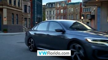 Volkswagen Sign Then Drive Event TV Spot, 'Better Year-End Clearance: Tiguan' [T2] - Thumbnail 2