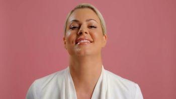 Volition Beauty TV Spot, 'Meet the New Yaupon Tea Glow-Awakening Moisturizer' Featuring Maryse Mizanin - Thumbnail 5