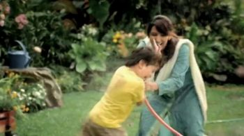 K&N's Global TV Spot, 'Mother and Son' - Thumbnail 6