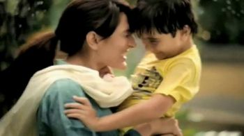 K&N's Global TV Spot, 'Mother and Son' - Thumbnail 7