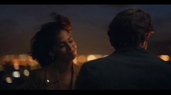 Ferrero Rocher TV Spot, 'Rooftop Moments' Song by Shannon LaBrie - Thumbnail 3