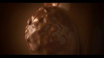 Ferrero Rocher TV Spot, 'Rooftop Moments' Song by Shannon LaBrie - Thumbnail 8