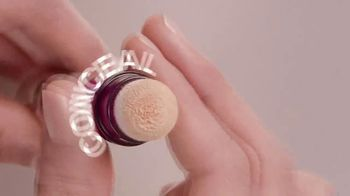 Maybelline New York Instant Age Rewind Eraser TV Spot, 'In a Click' - Thumbnail 4