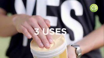 Garnier Fructis Treats 3-in-1 Hair Masks TV Spot, 'Super Fruits' Song by Lizzo - Thumbnail 5