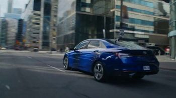 2021 Hyundai Elantra TV Spot, 'There Will Come a Time' Song by Tyrone Briggs, Pleasant Russell [T1] - Thumbnail 4