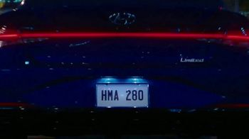 2021 Hyundai Elantra TV Spot, 'There Will Come a Time' Song by Tyrone Briggs, Pleasant Russell [T1] - Thumbnail 6