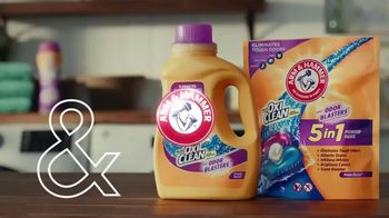 Arm & Hammer Laundry Plus OxiClean With Odor Blasters TV Spot, 'Beloved Sweatshirt' - Thumbnail 5