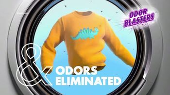Arm & Hammer Laundry Plus OxiClean With Odor Blasters TV Spot, 'Beloved Sweatshirt' - Thumbnail 8