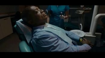Apple Watch Series 6 TV Spot, 'An ECG Right Here, Right Now' - Thumbnail 4
