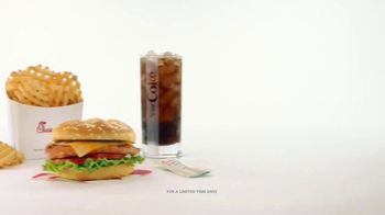 Chick-fil-A Grilled Spicy Deluxe TV Spot, 'The Little Things: Jane and Will' - Thumbnail 5