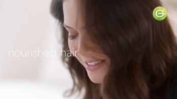 Garnier Nutrisse Nourishing Color Creme TV Spot, '77 Nourishing Shades' Featuring Mandy Moore, Song by Lizzo - Thumbnail 10