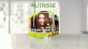 Garnier Nutrisse Nourishing Color Creme TV Spot, '77 Nourishing Shades' Featuring Mandy Moore, Song by Lizzo - Thumbnail 4