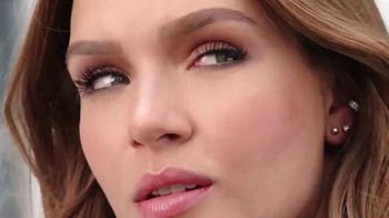 Maybelline New York Lash Sensational Sky High Mascara TV Spot, 'Limitless Length' - Thumbnail 6