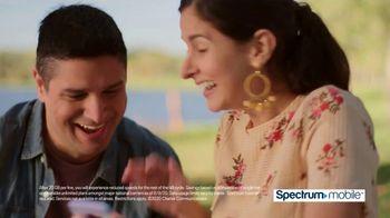 Spectrum Mobile TV Spot, 'Fox 11: SportsWrap' - Thumbnail 10
