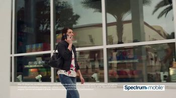 Spectrum Mobile TV Spot, 'Fox 11: SportsWrap' - Thumbnail 6