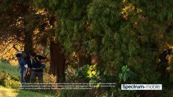 Spectrum Mobile TV Spot, 'Fox 11: SportsWrap' - Thumbnail 7