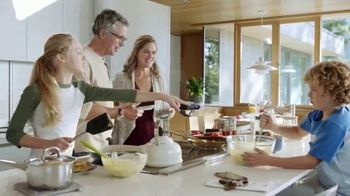 Fidelity Investments Wealth Management TV Spot, 'Straightforward Advice: Brokerage Accounts' Song by Roxy Music - Thumbnail 8