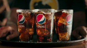 Buffalo Wild Wings TV Spot, 'Pepsi Bath' - Thumbnail 4