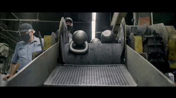 Rogue Fitness Kettlebells TV Spot, 'Designed in Columbus, Made in America' - Thumbnail 5