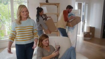 XFINITY TV Spot, 'Moving Day' Featuring Amy Poehler - Thumbnail 4