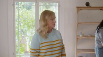 XFINITY TV Spot, 'Moving Day' Featuring Amy Poehler - Thumbnail 6