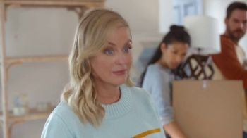 XFINITY TV Spot, 'Moving Day' Featuring Amy Poehler - Thumbnail 7