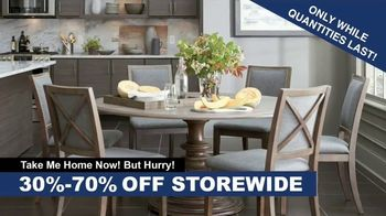 Bassett Fall Clearance Event TV Spot, 'Move Out the Old' - Thumbnail 4