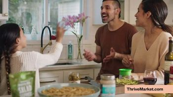Thrive Market TV Spot, \'The Sanders: Free Gift\'