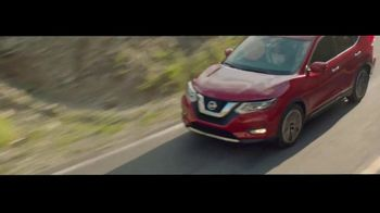 2020 Nissan Rogue TV Spot, 'The Moments That Matter Most' Song by Human Resources [T2] - Thumbnail 8