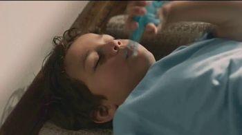 Lysol Disinfectant Spray TV Spot, 'Protección donde descansen' [Spanish] - Thumbnail 2