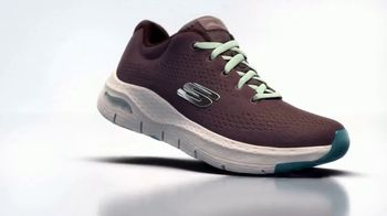 SKECHERS ArchFit TV Spot, 'For Sport and Casual' - Thumbnail 4