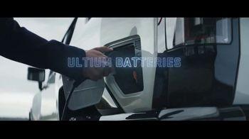 GMC Hummer EV TV Spot, 'Revolutionary Features' Song by Karen O, Trent Reznor [T1] - Thumbnail 5