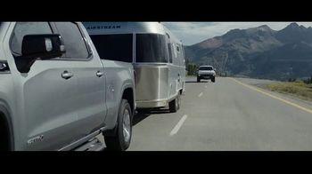GMC Hummer EV TV Spot, 'Revolutionary Features' Song by Karen O, Trent Reznor [T1] - Thumbnail 6