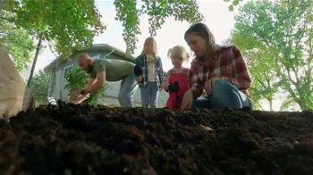John Deere 1 Series Tractor TV Spot, 'Not an Influencer' - Thumbnail 6