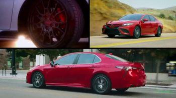 Toyota TV Spot, 'Car You Can Trust' [T2] - Thumbnail 3